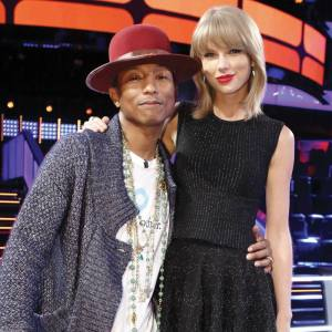 "Taylor Swift swiftifies ""The Voice: Season Seven"" Knockouts"