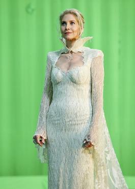 Elizabeth Mitchell the Snow Queen OUAT