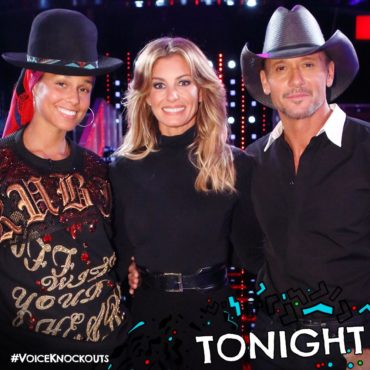 """Alicia Keys poses with Faith Hill & Tim McGraw during a taping of """"The Voice: Season 11"""" Knockout Rounds rehearsal. (Photo property of NBC & MGM TV)"""